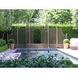 Custom Trellis for Garden Decor and Privacy