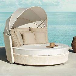 Romantic Outdoor Wicker Daybed