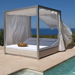Point Sunset Outdoor Daybed