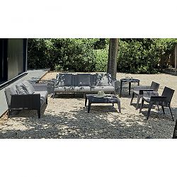 The ''U'' Outdoor Seating Collection
