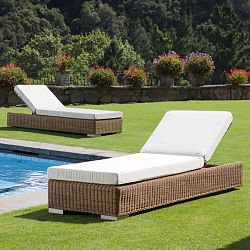 Point Golf Chaise Lounge