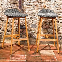 Point Round Bar Stools