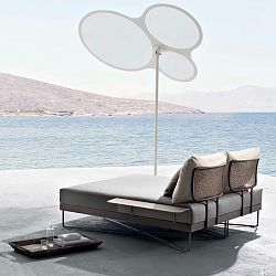 Roberti Coral Reef Chaise