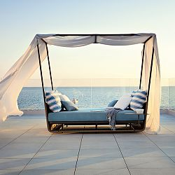 Portofino Daybed with Canopy