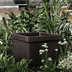Serralunga Neoclassic Indoor-Outdoor Square Planter