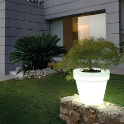 Serralunga Bordato Indoor-Outdoor Lighted Planter