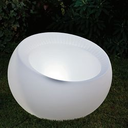 Uovo Lighted Indoor-Outdoor Planter