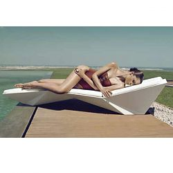The Faz Outdoor Chaise