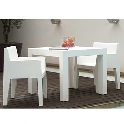 Jut Outdoor Bistro Table