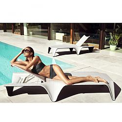 F3 Chaise Lounge