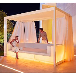 Illuminated Vela Sofa with Canopy and Curtains