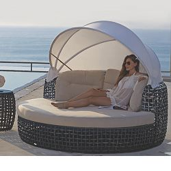 Skyline Design Dynasty Daybed