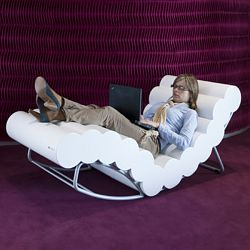 Wiggleworm Chaise