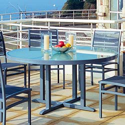 Rausch Furniture Rausch Aluminum Long Beach Round Outdoor Dining Furniture Table