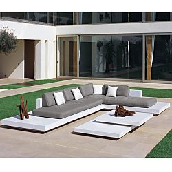 Rausch Furniture Rausch Platform Outdoor Sectional Sofa