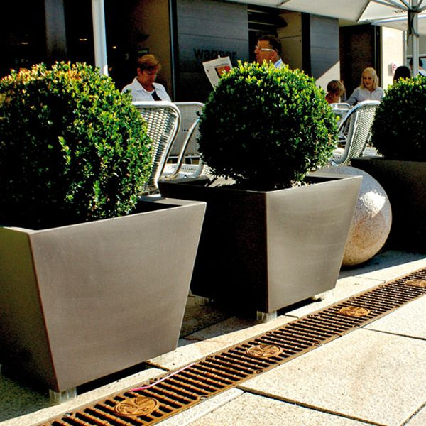 Serralunga Low Large Outdoor Planter Homeinfatuation Com