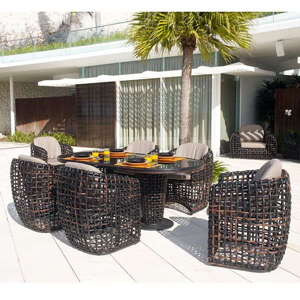Skyline design dynasty outdoor chair dining table for Outdoor furniture trends 2018